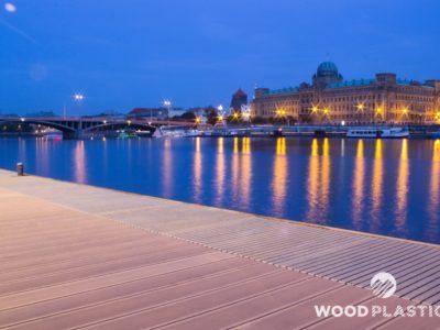 WoodPlastic® terasy max star cedar-molo na Nábřeží Edvarda Beneše
